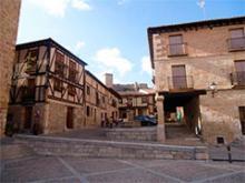 Plaza y calle en Peñaranda del Duero