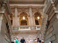 Durante la dramatización en el palacio